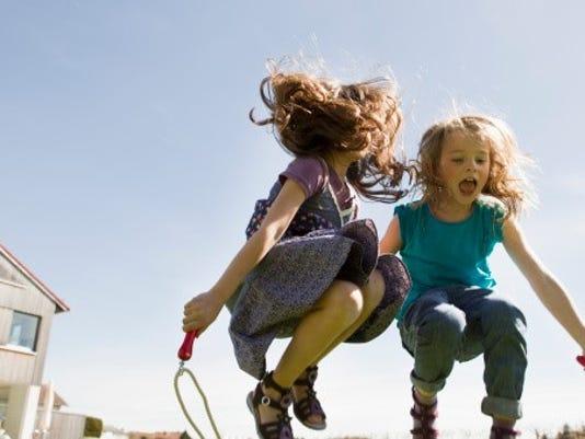Kids jumproping.jpg