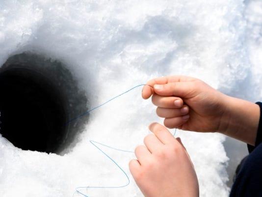 webart sports outdoors ice fishing