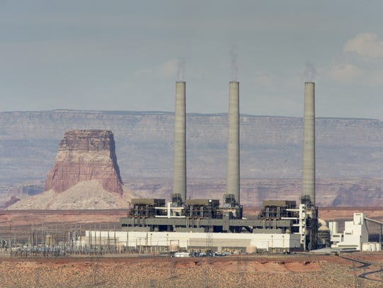 Navajo Generating Station near Page.