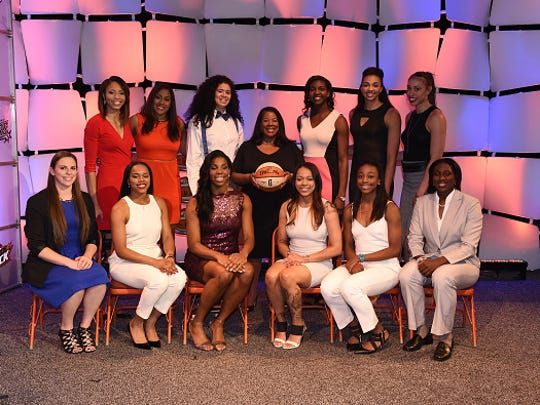 WNBA President Laurel Richie poses with the Draft Class during the 2015 WNBA Draft Presented By State Farm on April 16, 2015 at Mohegan Sun Arena in Uncasville, Conn.