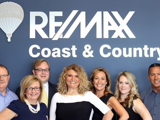 636017761002517782-Remax-Team.jpg