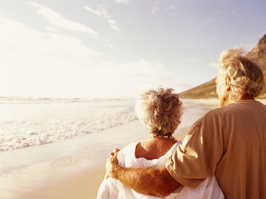 retirement-seniors-vacation-beach-sunset-pension_large.jpg