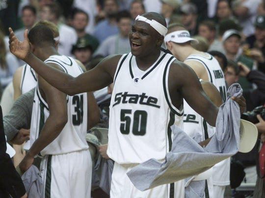 Zach Randolph waves his towel after Michigan State beat Temple in the NCAA tournament in 2001, his only appearance with the Spartans.