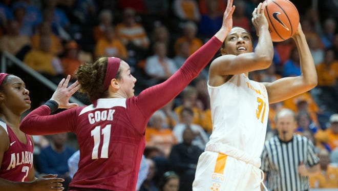 Tennessee's Jaime Nared scored 25 points and had four steals against Missouri, which held off the Lady Vols down the stretch for a 77-73 SEC women's basketball victory Sunday at Mizzou Arena in Columbia, Mo.