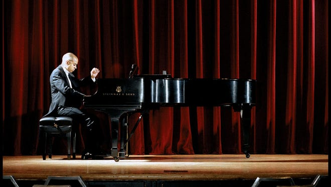 Stewart Goodyear has performed with the major orchestras of Philadelphia, New York, Chicago and Pittsburgh.