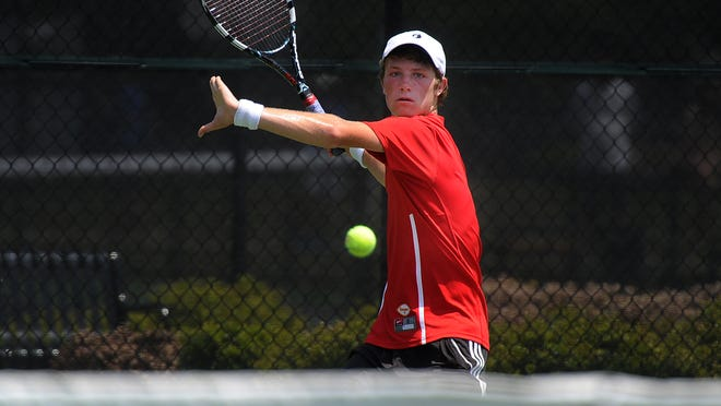 Ravenwood's Steven Karl was undefeated in singles in the high school season, and is ranked in the top 30 in the South in boys 18s.