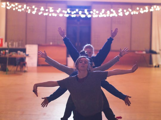 MamLuft&Co. Dance rehearses for its May 24-26 performances