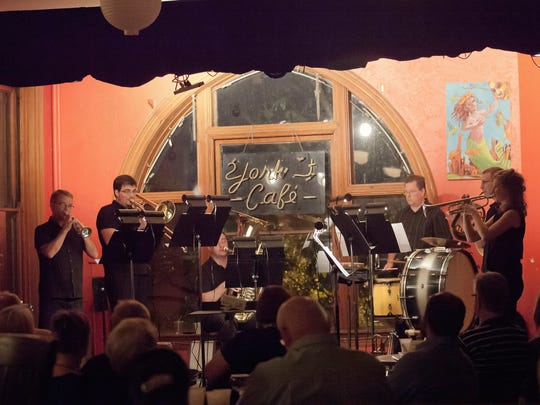 Cincinnati Chamber Orchestra's first Chamber Crawl performance took place at the York Street Café in 2015.