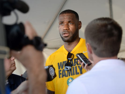 2015-08-19-lebron-james-akron