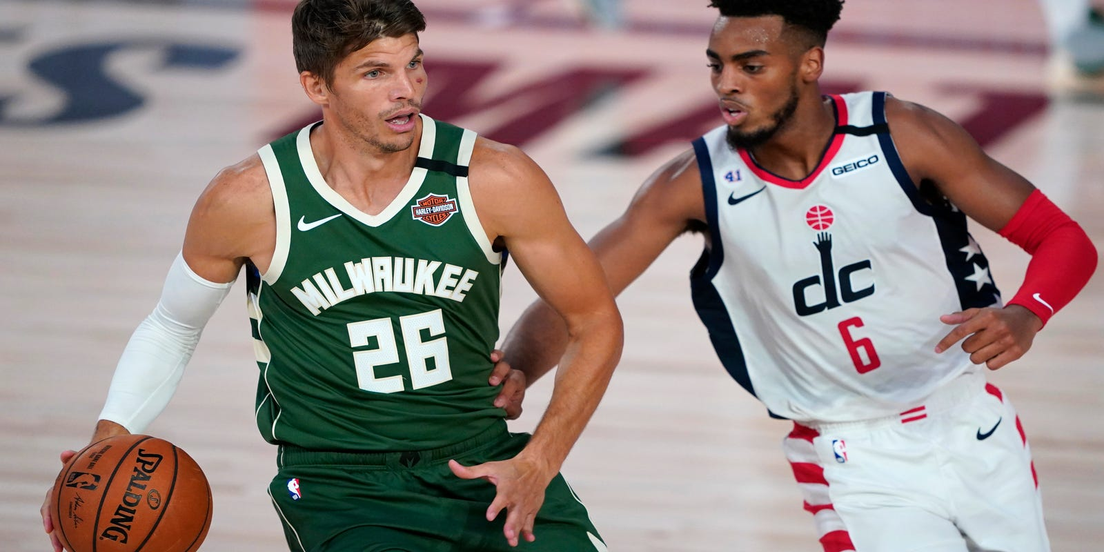 Kyle Korver details emotional backstory of Bucks' boycott during NBA playoffs
