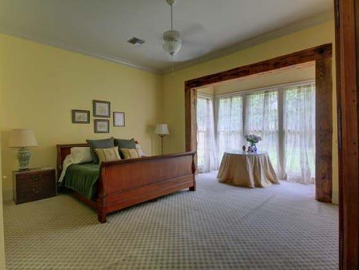 Got 1m lafayette mansion will blow you away for Home landscape design suite 8 0 link