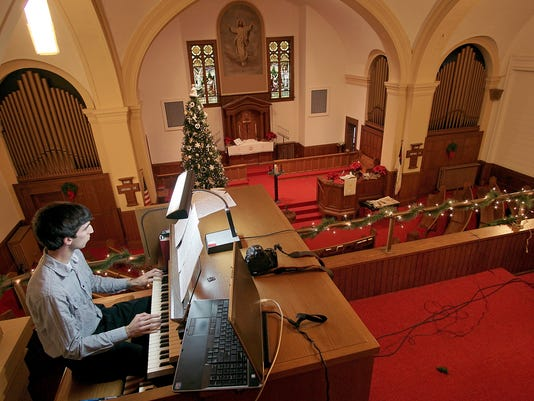 001-MNJ-church-closing-Sunday.JPG