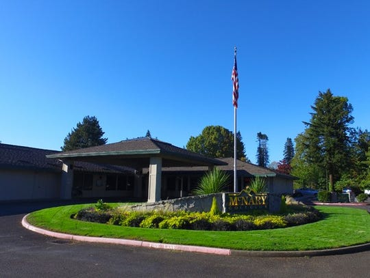 McNary Golf Club is hosting an open house Saturday,