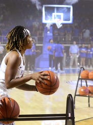 MTSU point guard Ty Petty competes in the 9-point contest