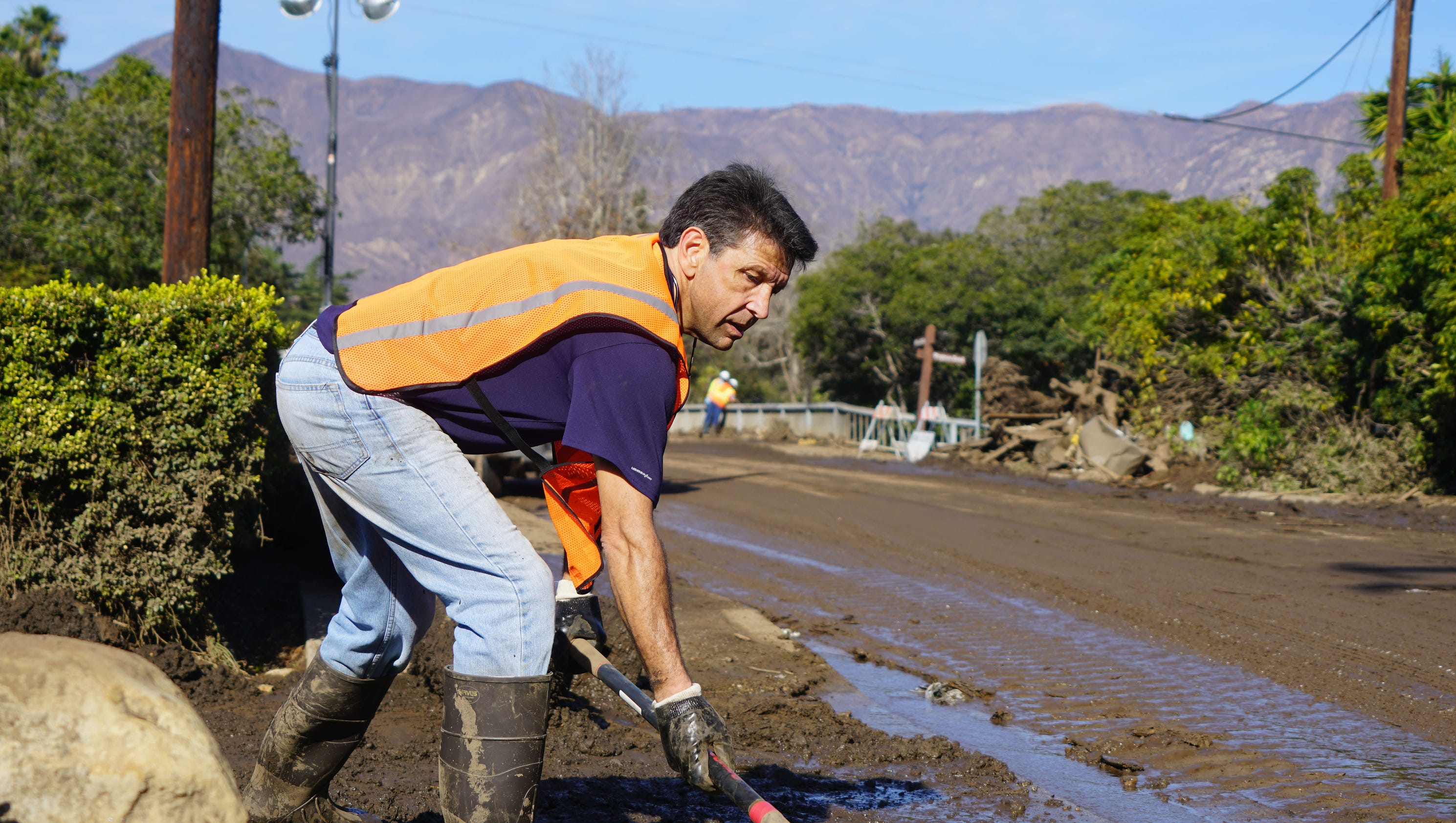 Mud Battered Montecito Calif Back To Back Disasters