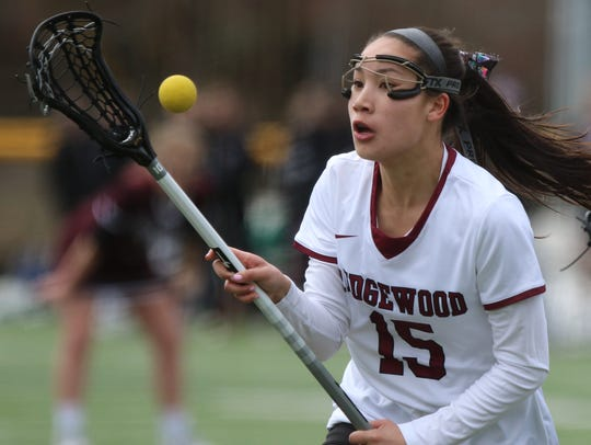 Cat Roxas helped Ridgewood top Mahwah on Saturday.