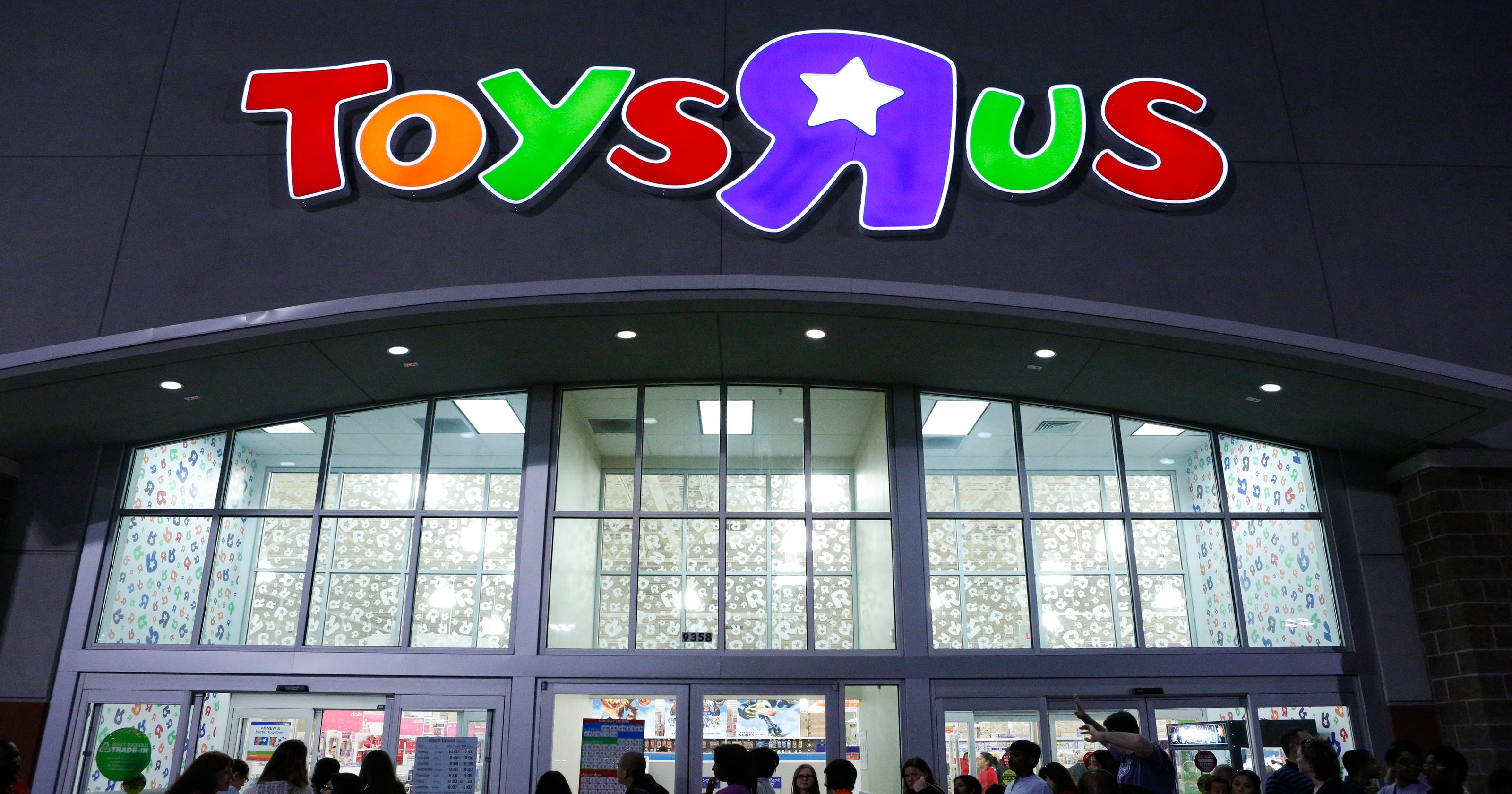 Toys R Us: What 'Everything must go' actually means in store