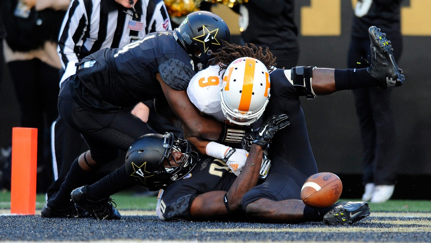 635528830630400008-usp-ncaa-football-tennessee-at-vanderbilt