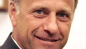 """U.S. Rep. Steve King, R-Iowa, says he opposes holding a """"snap election"""" to replace Eric Cantor as U.S. House majority leader."""