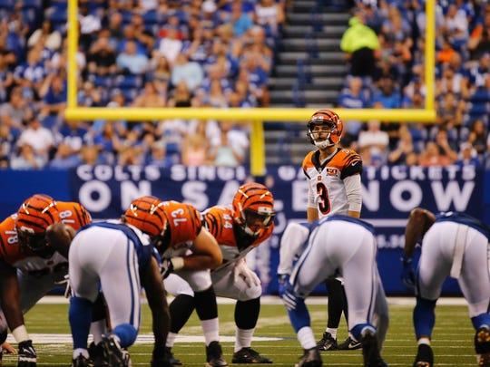 Bengals rookie Jake Elliott measures up a 50-yard field