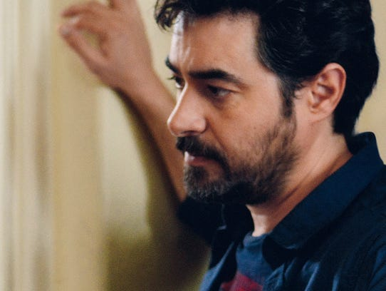 """In """"The Salesman,""""  Emad (Shahab Hosseini) becomes"""