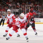 Late goals help Detroit Red Wings beat Arizona Coyotes, 4-2