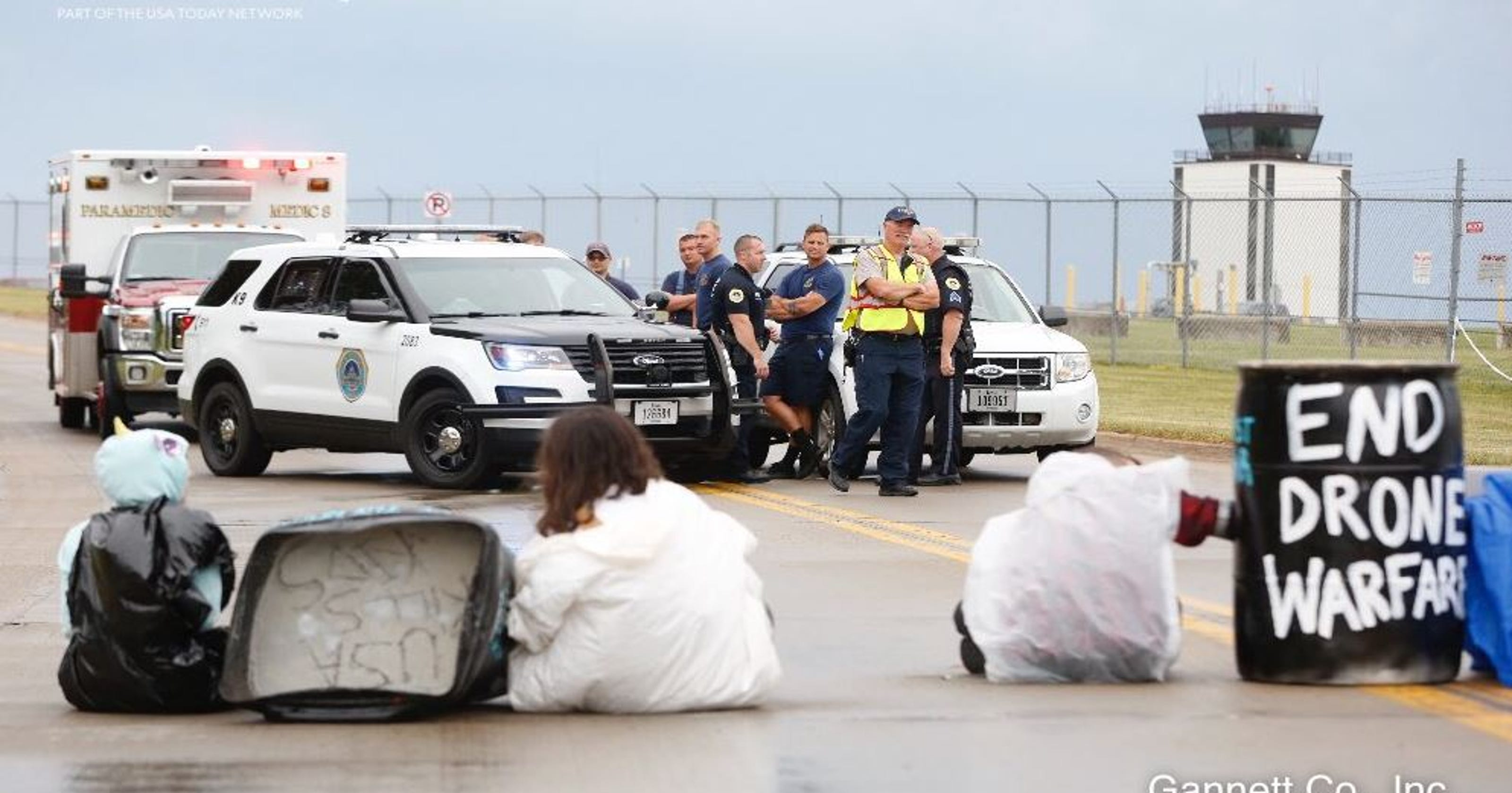 d9f65c7dbe17 4 arrested protesting drones at Iowa Air National Guard