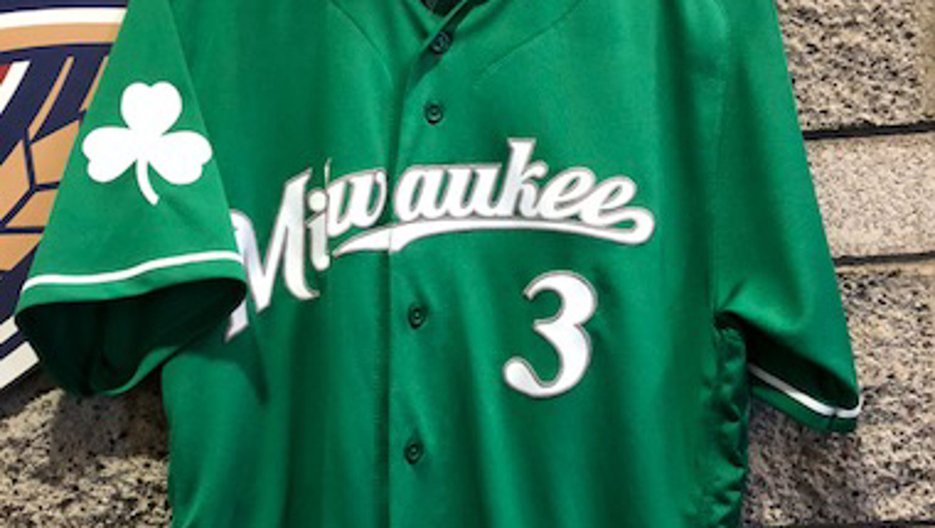 636568080679231873-brewers-green