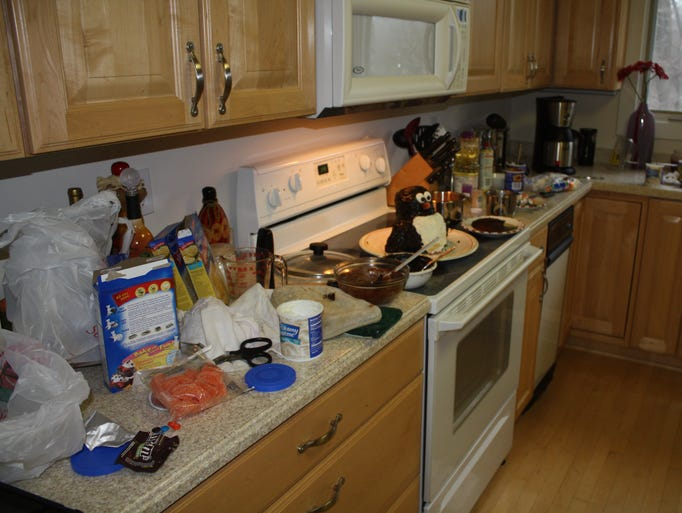 Katrina's kitchen becomes cake-baking central every