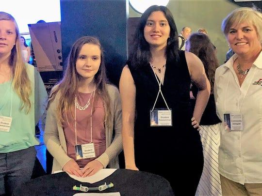 Student scientists Alexis Mulholland, Danielle Hoppas