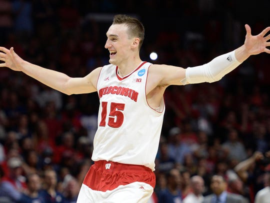 Wisconsin Badgers forward Sam Dekker (15) celebrates