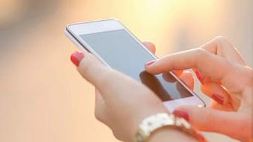 Helping 80-somethings avoid smartphone overload
