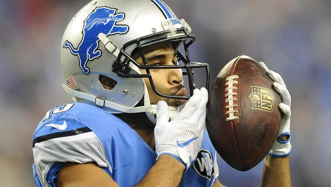 Golden Tate is visiting military officers overseas with the USO.