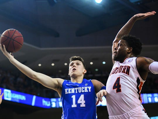Kentucky_Auburn_Basketball_89696.jpg