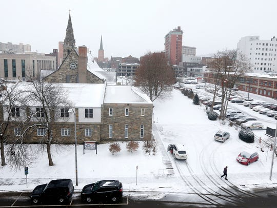 High winds, low temperatures and light snow descended on the Binghamton region on Thursday.