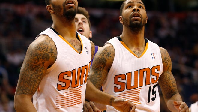 The Phoenix Suns have signed forwards Marcus Morris and Markieff Morris to multiyear contract extensions, the team announced on Monday.
