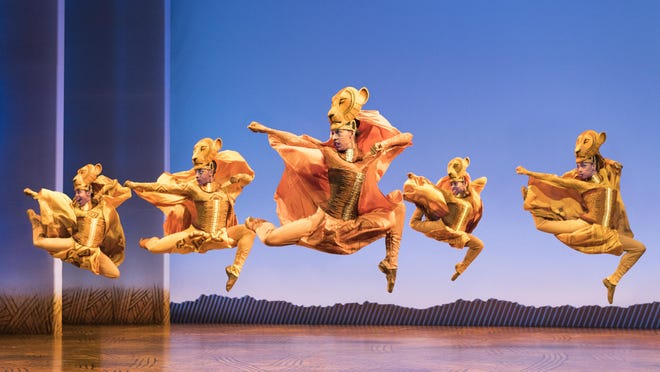 """Lionesses Dance"" in THE LION KING North American Tour."