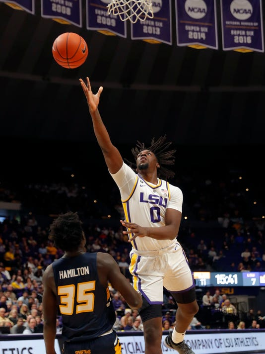 UNC_Greensboro_LSU_Basketball_32937.jpg
