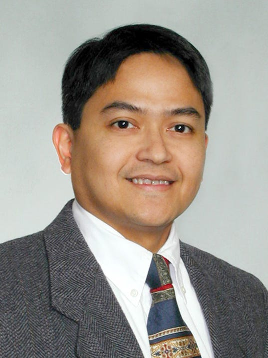 Dr. Carmelo Meija