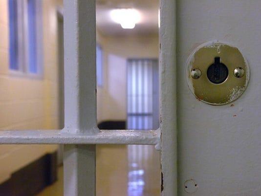 636510288195823615-jail1.JPG