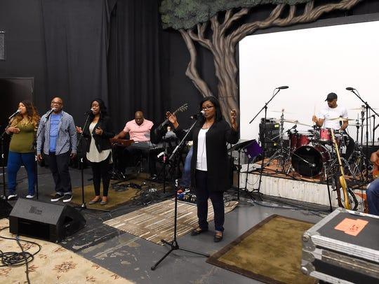 CeCe Winans rehearses for an upcoming tour Nov. 17,