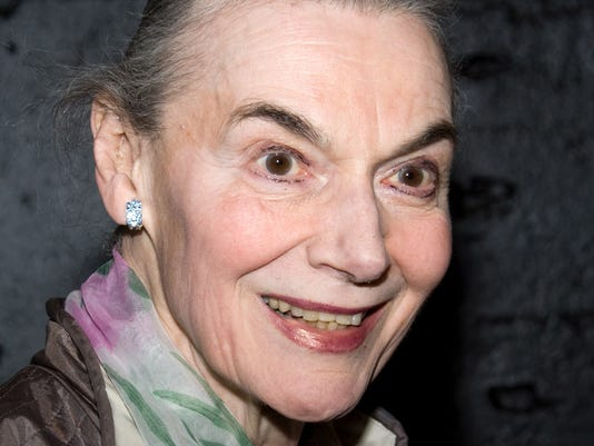 244325d9da5 Broadway marquees to dim to honor Marian Seldes