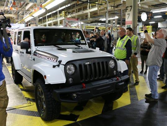 636604470451054331-FCA-Last-Jeep-Wrangler-JK.jpg