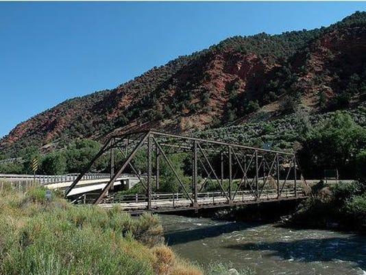 Hardwick_Bridge
