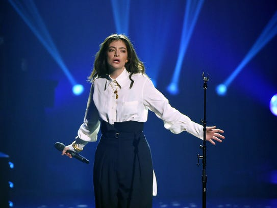Singer Lorde will perform at the Prudential Center