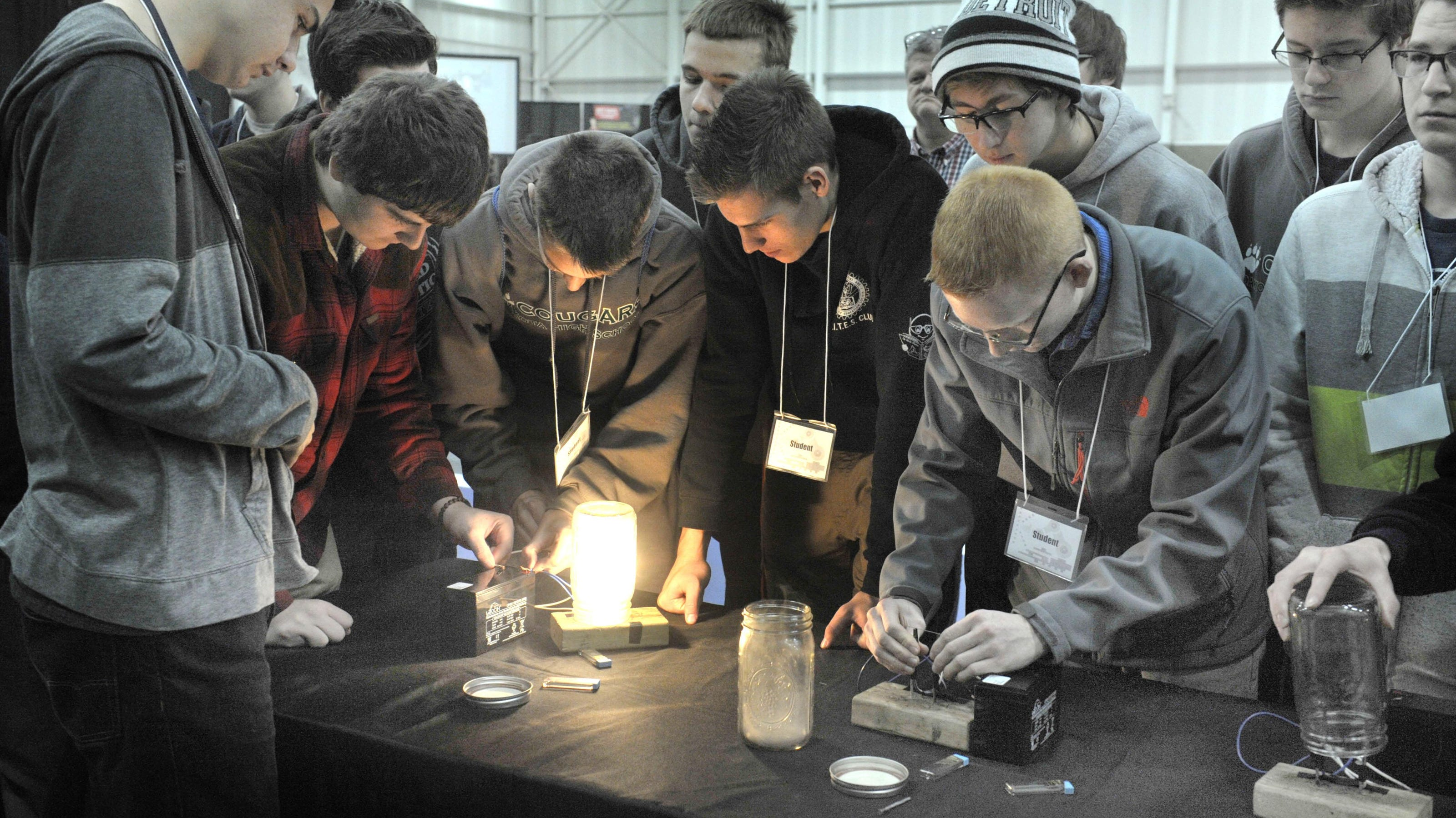 Students get hands-on introduction to STEM fields