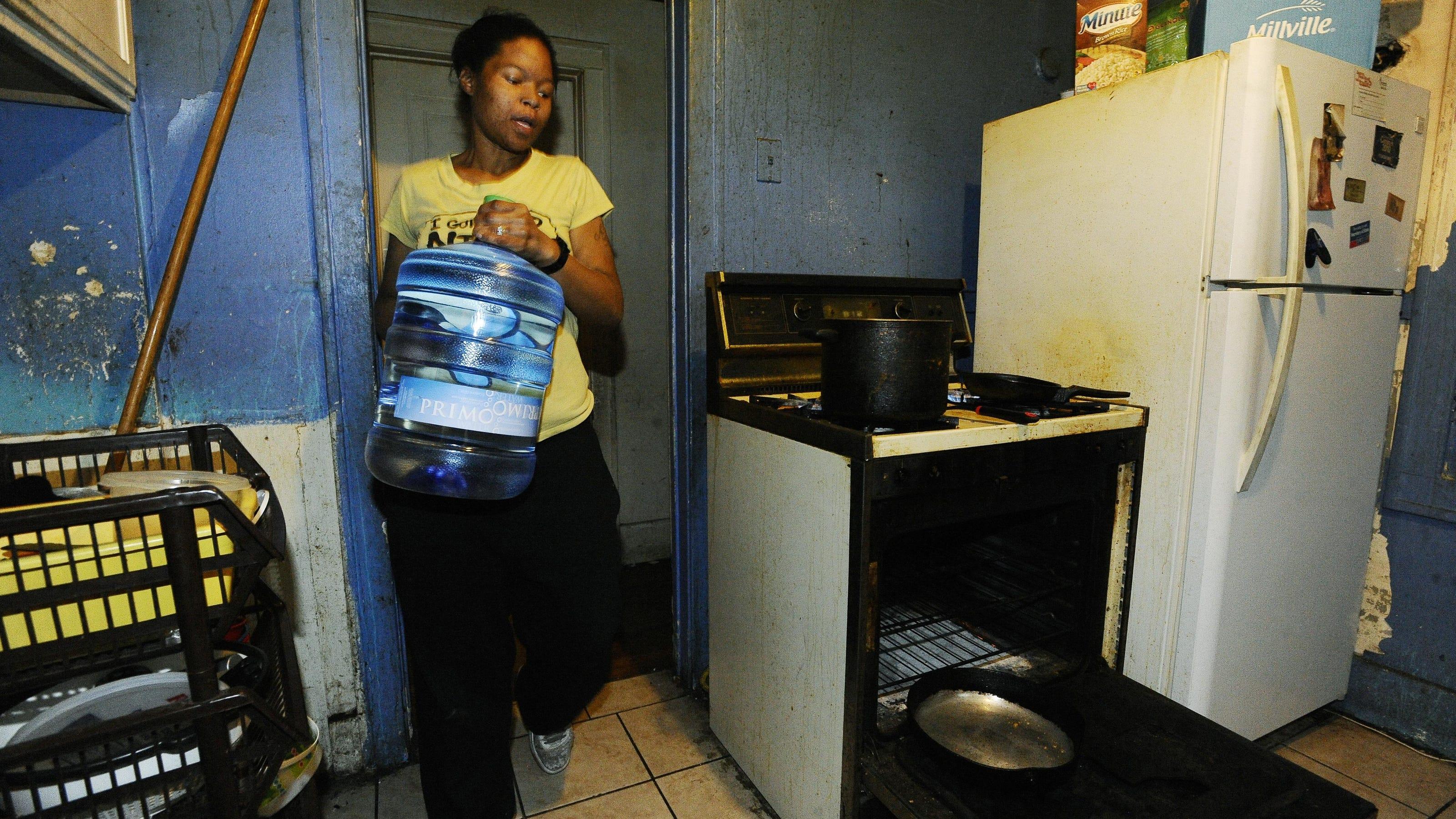Detroit hits residents on water shut-offs as businesses slide