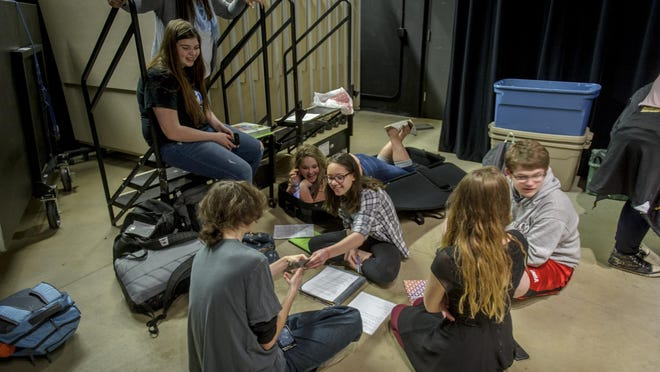 The studies must keep up during breaks from rehearsal. The Southeast Polk spring play, Shakespeare's A Midsummers Night Dream, will be held April 8 and 9 at 7 p.m. Tickets are on sale in the activities office.