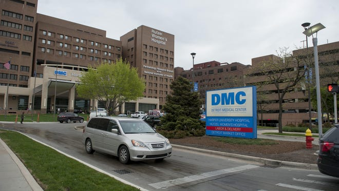 The Detroit Medical Center and Wayne State University have finalized a five-year extension of services from the university doctors group, which has more than 300 physicians in DMC hospital and affiliated facilities.