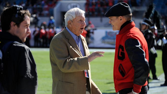 Pat Dye and Ben Zambiasi during Georgia's game with the Florida Gators at Everbank Field on Saturday, Nov. 1, 2014 in Jacksonville, Fla.